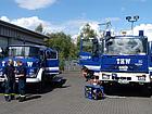 Beide GKW nebeneinander - Fahrzeug und Geräteschau